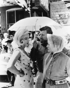 """""""Misfits, The""""Marilyn Monroe and Thelma Ritteron the set.  1961 / UA**R.C. - Image 9559_0009"""