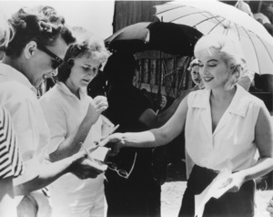 """Misfits, The""Marilyn Monroe on the set.1961 / UA**R.C. - Image 9559_0027"