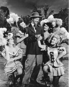 """Ticket To Tomahawk, A""Marion Marshall, Barbara Smith, Dan Dailey,Joyce McKenzie and Marilyn Monroe.1950 / 20th Century Fox**R.C.  - Image 9561_0001"