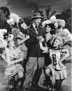 """Ticket To Tomahawk, A""Marion Marshall, Barbara Smith, Dan Dailey,Joyce McKenzie and Marilyn Monroe.1950 / 20th Century Fox**R.C.  - Image 9561_0001"