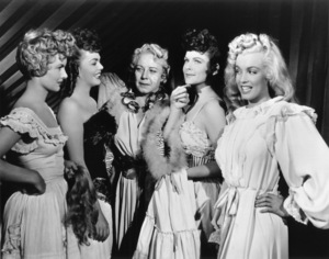 """""""Ticket To Tomahawk, A""""Marion Marshall, Barbara Smith, Connie Gilchrist,Joyce McKenzie and Marilyn Monroe.1950 / 20th Century Fox**R.C. - Image 9561_0002"""