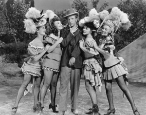 """Ticket To Tomahawk, A""Marion Marshall, Barbara Smith, Dan Dailey,Joyce McKenzie and Marilyn Monroe.1950 / 20th Century Fox**R.C. - Image 9561_0003"