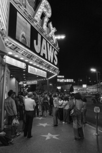 """Jaws"" (marquee)1975** I.V. - Image 9575_0200"
