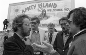"""Jaws""Richard Dreyfuss, Murray Hamilton, Roy Scheider, director Steven Spielberg1975** I.V. - Image 9575_0207"