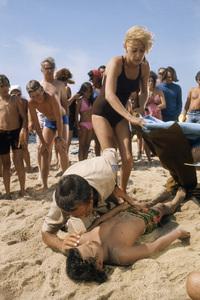 """""""Jaws""""Lorraine Gary, Roy Scheider, Chris Rebello1975** I.V. - Image 9575_0208"""