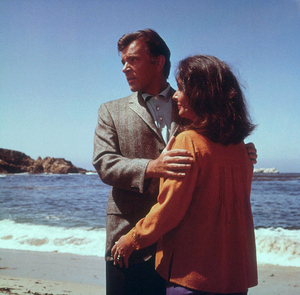 """Sandpiper""Elizabeth Taylor and Richard Burton on location1965 MGM © 1978 Bernie AbramsonMPTV - Image 9620_0011"