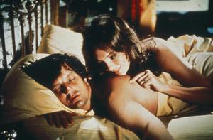"""""""Mephisto Waltz""""Alan Alda, Jacqueline Bisset © 1971 20th Century Fox - Image 9625_0001"""