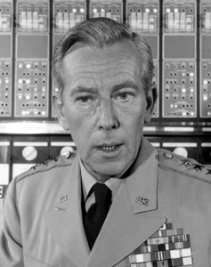 """""""The Time Tunnel""""Whit Bissellc. 1966 / ** I.A. © Irwin Allen Properties, LLC and Twentieth Century Fox Film Corporation. All rights reserved - Image 9631_0019"""