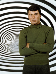 """""""The Time Tunnel""""James Darren c. 1966 / ** I.A. © Irwin Allen Properties, LLC and Twentieth Century Fox Film Corporation. All rights reserved - Image 9631_0024"""