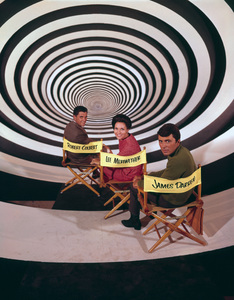 """""""The Time Tunnel""""Robert Colbert, Lee Meriwether, James Darrenc. 1966 / ** I.A. © Irwin Allen Properties, LLC and Twentieth Century Fox Film Corporation. All rights reserved - Image 9631_0036"""
