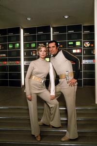 """""""Space 1999""""Barbara Bain, Martin Landau1975 © 1978 GuntherMPTV - Image 9635_0005"""