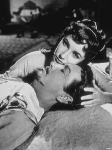 """Ivanhoe""Elizabeth Taylor, Robert Taylor1952 MGM**R.C.MPTV - Image 9647_0005"