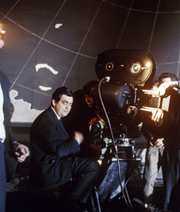 """""""Dr. Strangelove or: How I Learned to Stop Worrying and Love the Bomb""""Director Stanley Kubrick1964** I.V. - Image 9658_0017"""