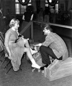 Marilyn Monroe, MONKEY BUSINESS, 20th Centruy-Fox, 1952, **I.V. - Image 9666_0011