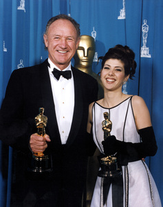 """Academy Awards: 65th Annual""Gene Hackman and Marisa Tomei1993 © 1993 AMPAS/LPI - Image 9677_0014"