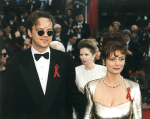 """Academy Awards: 65th Annual""Susan Sarandon with husband Tim Robbins1993 © 1993 AMPAS/LPI - Image 9677_0017"