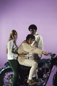 """The Mod Squad""Clarence Williams III, Peggy Lipton, Michael Cole1968 © 1978 Gene Trindl - Image 9731_0020"