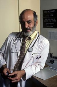 """Trapper John, M.D."" Pernell Roberts 1979 © 1979 Ken Whitmore - Image 9738_0015"
