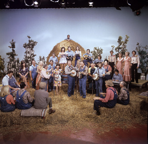 """Hee Haw""Roy Clark, Junior Samples1980© 1980 Marv Newton - Image 9742_0062"