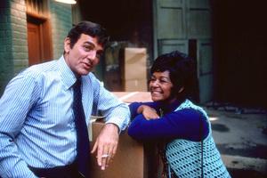 """Mannix""Mike Connors, Gail Fisher1971 CBS © 1978 Gene TrindlMPTV - Image 9770_0004"