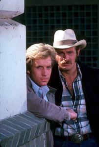 """Simon & Simon""Jameson Parker, Gerald McRaney1981 CBS © 1981 Gene TrindlMPTV - Image 9827_0012"