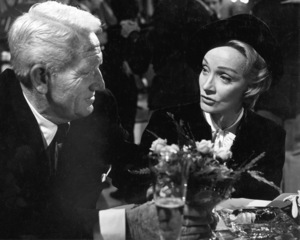 """Judgment at Nuremberg""Spencer Tracy, Marlene Dietrich1961 U/APhoto by Al St. Hilaire - Image 9892_0019"