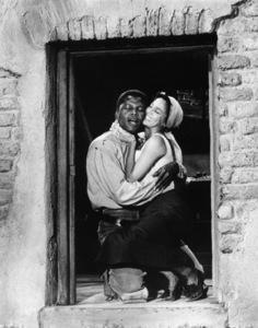 """Porgy and Bess""Sidney Poitier, Dorothy Dandridge1959 Samuel Goldwyn Company © 1978 Al St. Hilaire - Image 9893_0013"