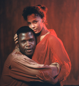 """Porgy And Bess""Sidney Poitier, Dorothy Dandridge1959 © 2001 Mark Shaw - Image 9893_0028"