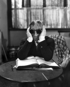 """The Invisible Man""  Claude Rains 1933 Universal ** I.V. - Image 9956_0004"