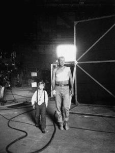 """Hondo,"" Warner Bros. 1953.John Wayne © 1978 AMPAS/Sanford Roth - Image 9960_0004"