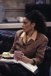 """A Different World"" (Episode: The Apple Doesn"