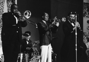 Louis Armstrong and His All-Stars on stage, Hammersmith Odeon, London 1968Photo by Brian Foskett © National Jazz Archive - Image FOS_0019