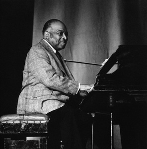 Count Basie on stagecirca 1960sPhoto by Brian Foskett © National Jazz Archive - Image FOS_0027