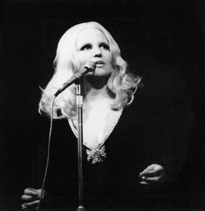 Peggy Lee, Royal Albert Hall, London1970Photo by Brian Foskett © National Jazz Archive - Image FOS_00443