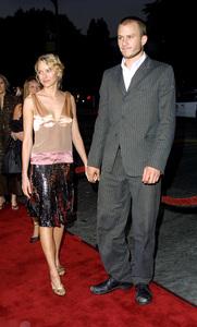 Four Feathers, The: PremiereHeath Ledger with girlfriend Naomi WattsMann Village Theater, Westwood, CA  9/17/02 © 2002 Glenn Weiner - Image Heath_Ledger_Noami_Watts_1